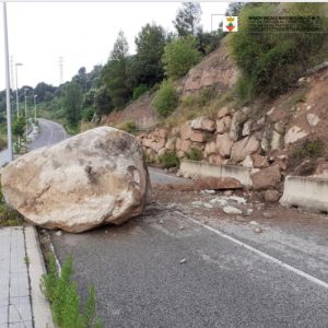 Tall de carreteres a causa de la pluja